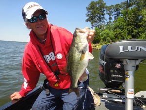Gussy's dad, Jim Gustafson, with a nice largemouth from practice.